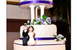 Wedding cake purple ribbons