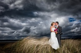 wedding photography donegal couple on murvagh beach