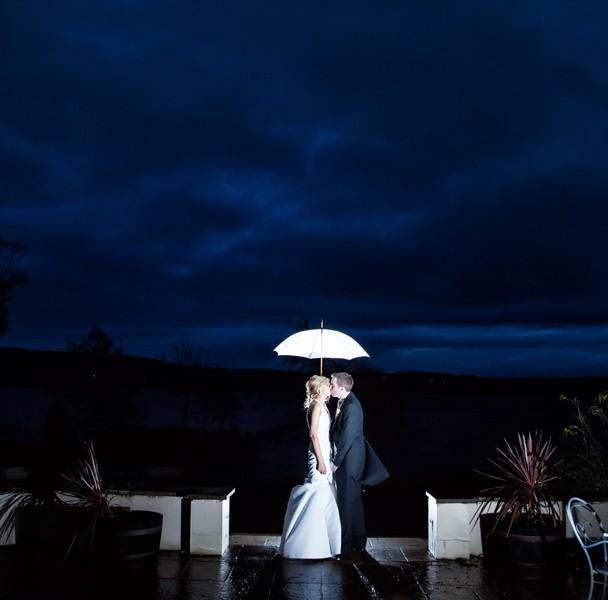 wedding photos taken in harveys point hotel