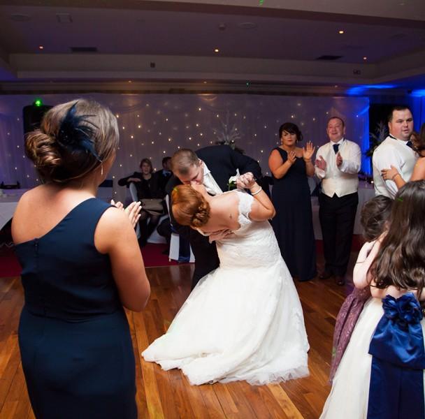 wedding photos taken in knightsbrook hotel trim