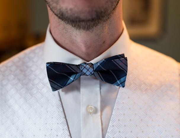 donegal wedding photos detail shot of the grooms bow tie