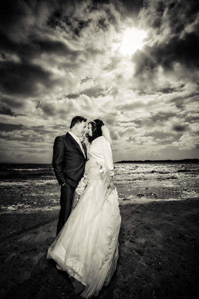 donegal wedding photography bride and groom on the beach in winter