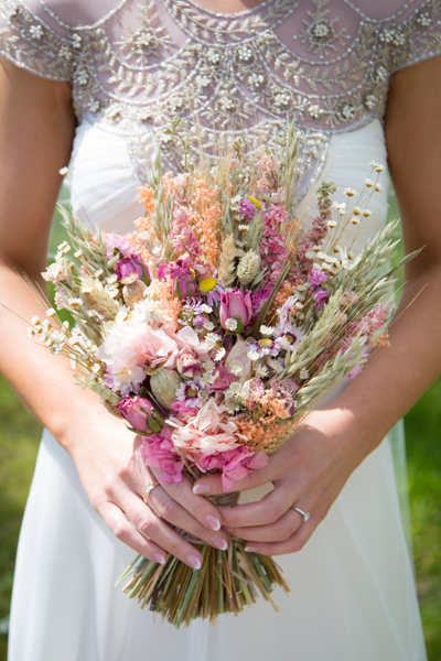 sligo wedding photographer beautiful brides bouquet