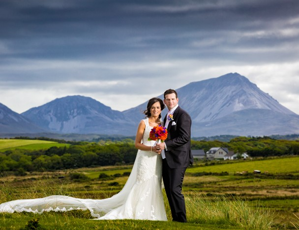 donegal wedding photographer bride and groom with mount errigal