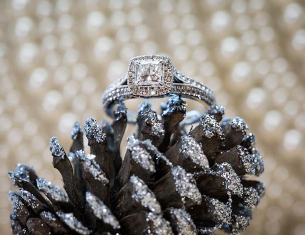 donegal wedding photographer brides engagement ring macro photo