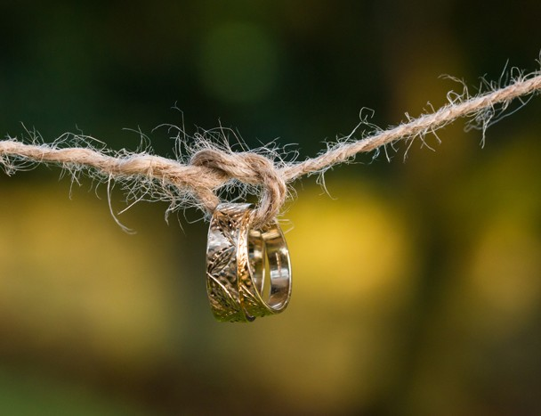 sligo wedding photographer wedding rings macro photo