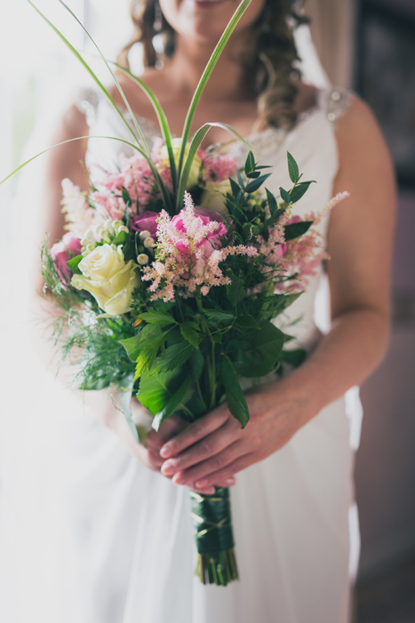 donegal wedding photography brides wedding bouquet
