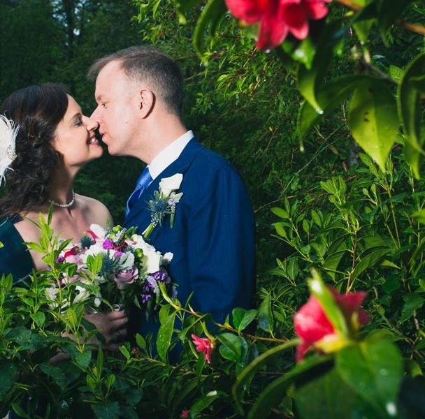 solis lough eske castle wedding bride and groom kiss