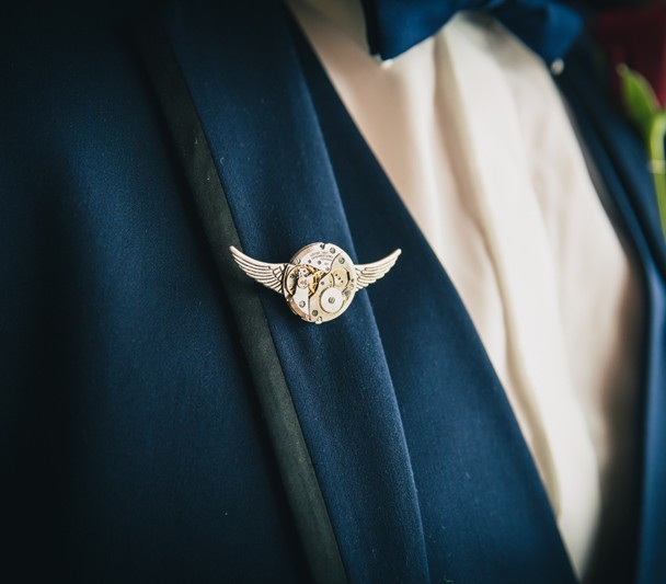 sligo wedding photography grooms wedding suit and pin