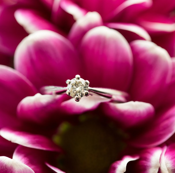 donegal wedding photographer macro wedding ring photo