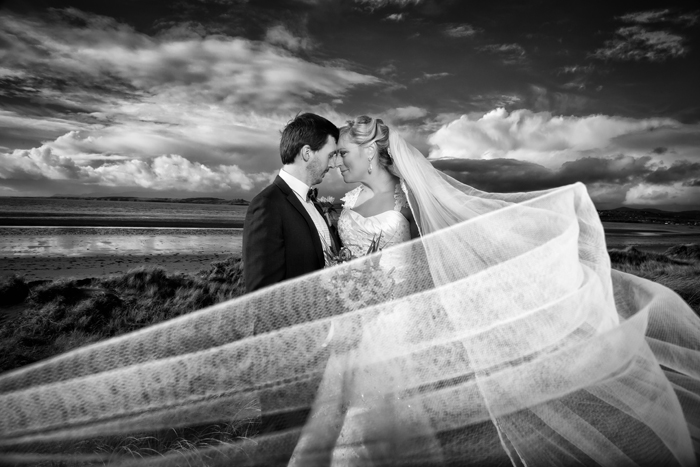 wedding photo of the bride and groom at murvagh beach in donegal
