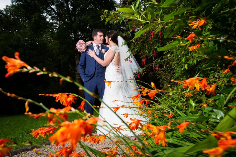 solis lough eske wedding bride and groom in the hotel garden
