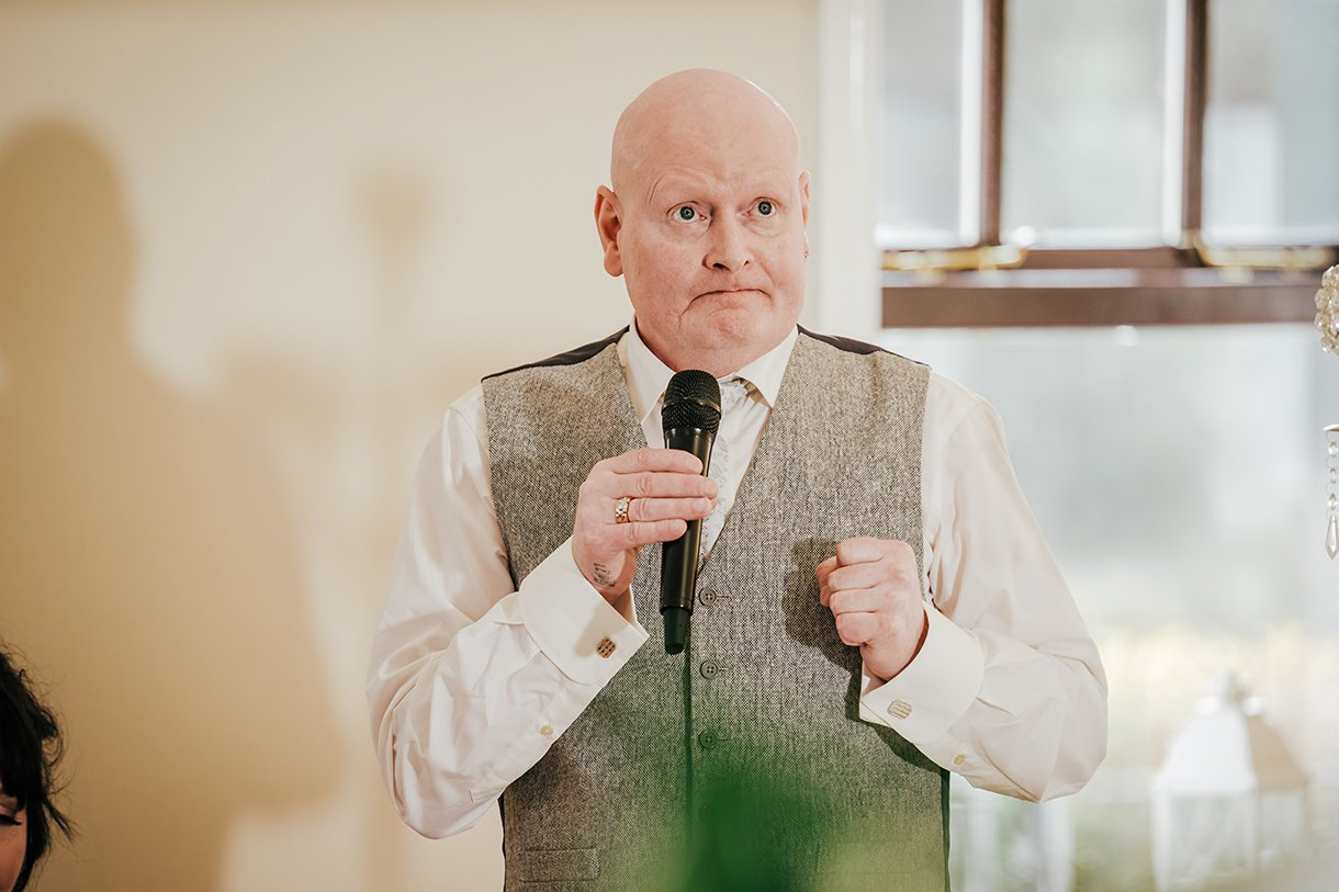 An Chuirt Hotel Gweedore Weddings speech time at the wedding