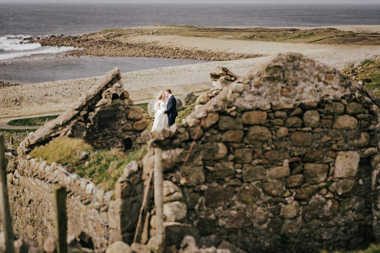 Bloody Foreland Wedding Photos bride and groom in the ruins of an old Irish cottage