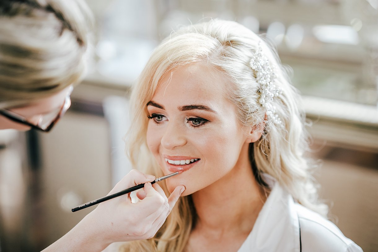 Waterfront Hotel Dungloe Wedding bride having her makeup done at serenity hair and makeup gweedore