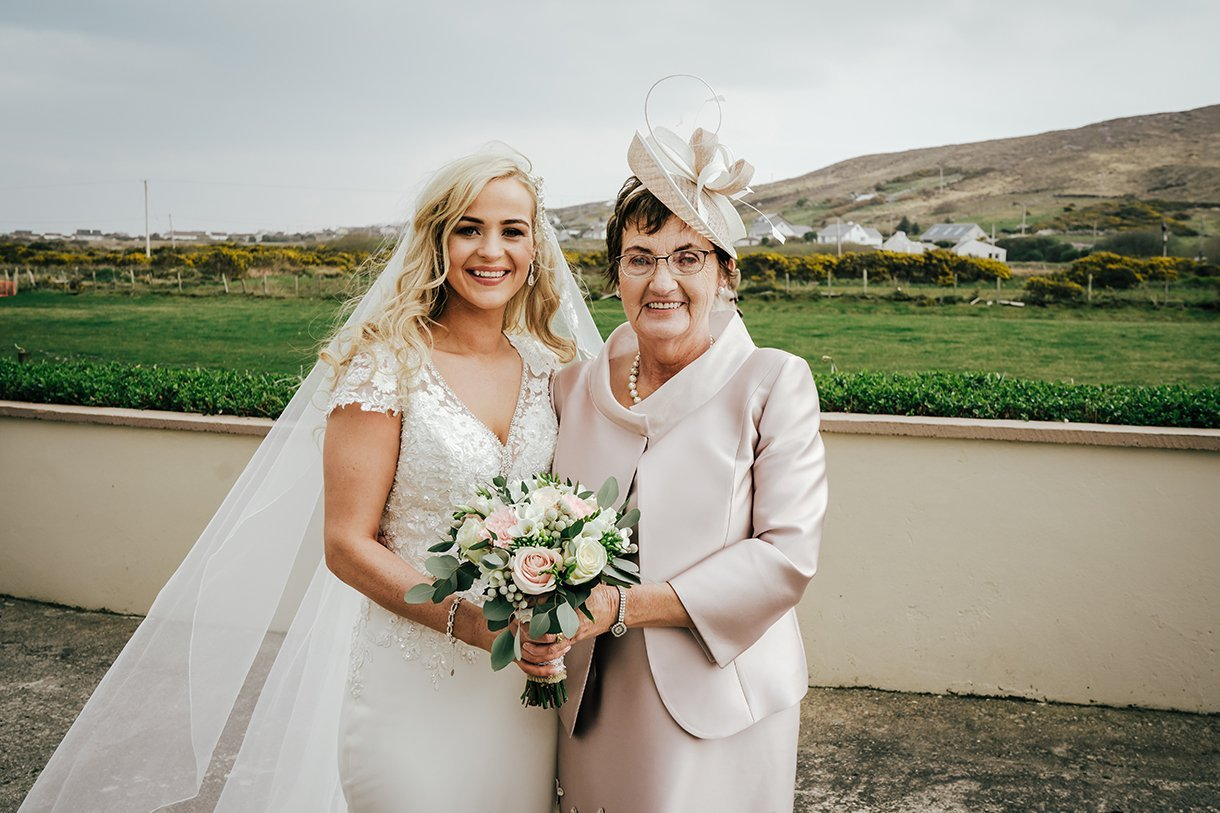 Waterfront Hotel Dungloe Wedding bride and her mother