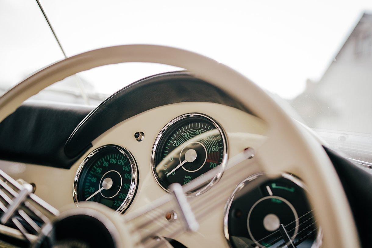 Waterfront Hotel Dungloe Wedding Porsche wedding car detail shot
