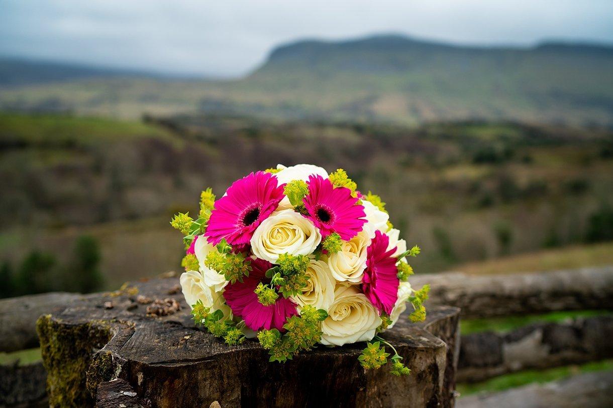 Allingham Hotel Bundoran Wedding brides bouquet