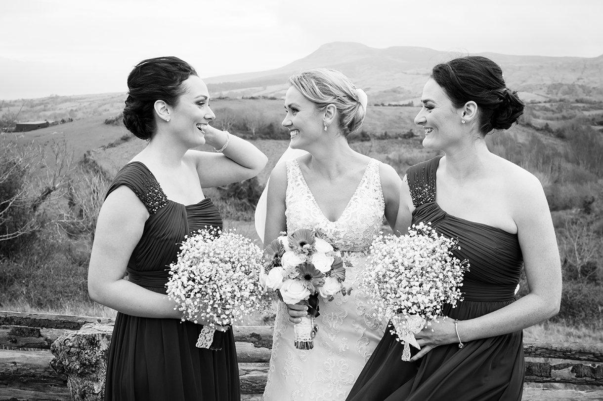 Allingham Hotel Bundoran Wedding bride with her bridesmaids