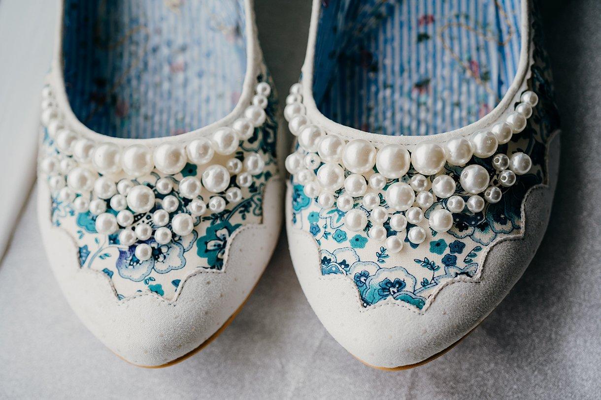 Great Northern Hotel Bundoran Summer Wedding brides wedding shoes