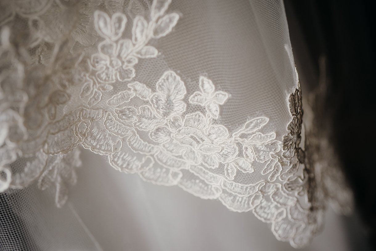 Great Northern Hotel Bundoran Summer Wedding brides wedding dress detail